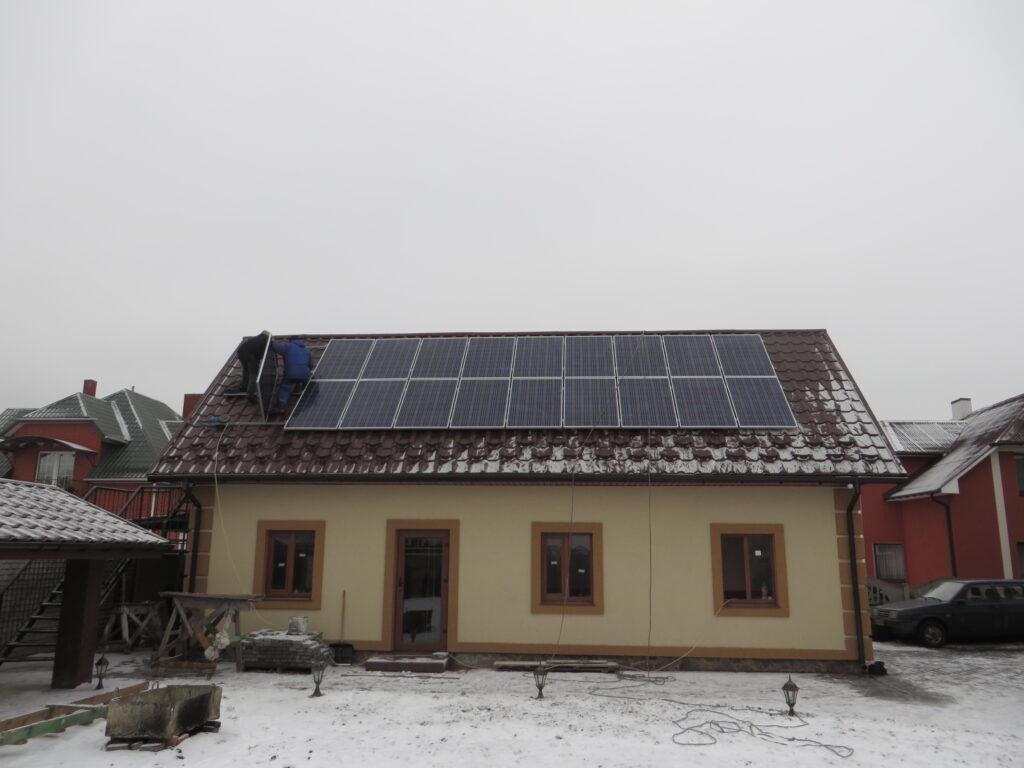 Сонячна електростанція потужністю 7,5 кВт в м.Рівне