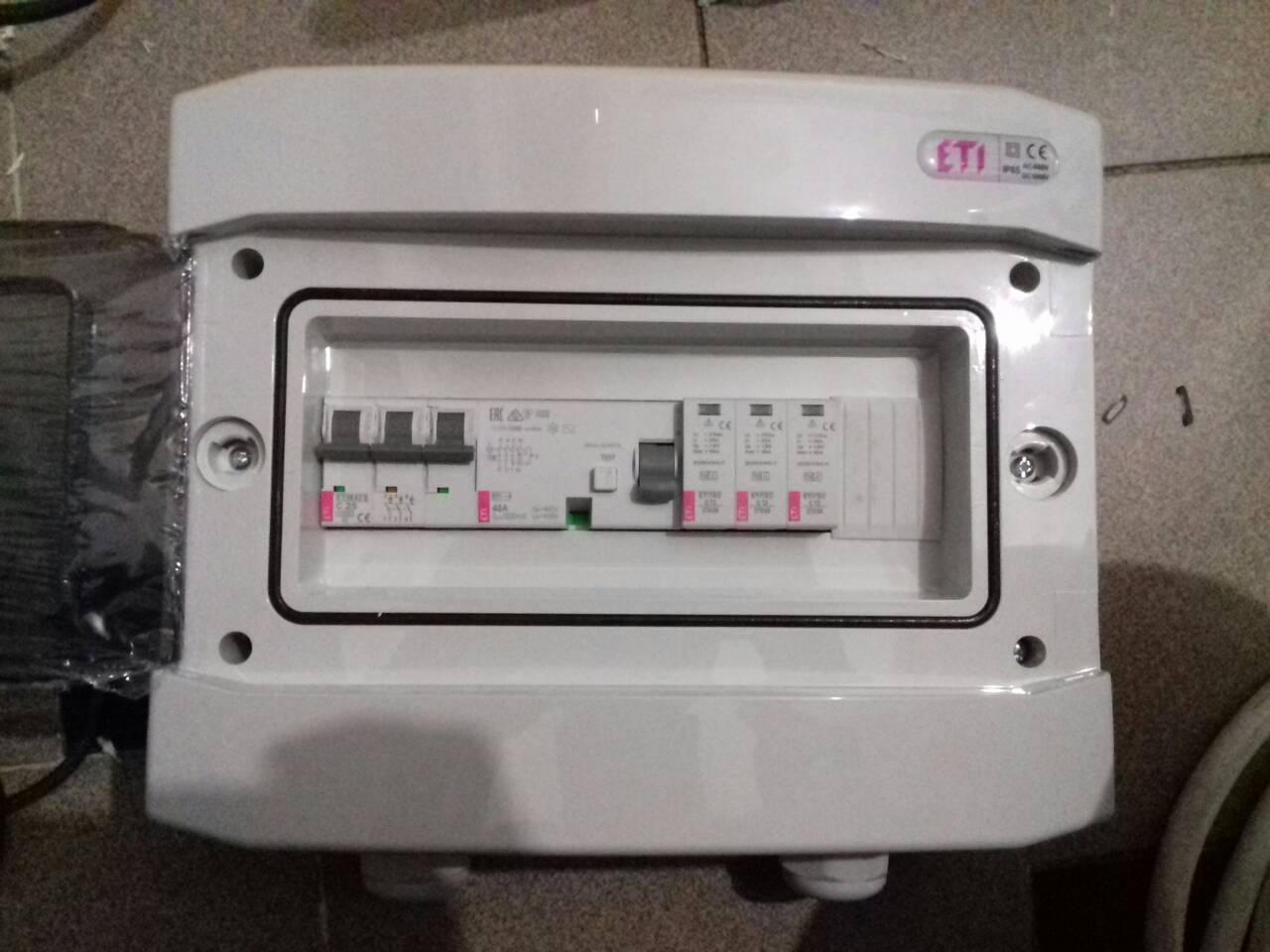 Електрозахист для сонячної станції ETITEK по змінному струму АC на три фази