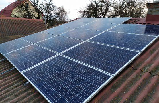 Автономна сонячна електростанція потужністю 5 кіловат /// Рівненська область