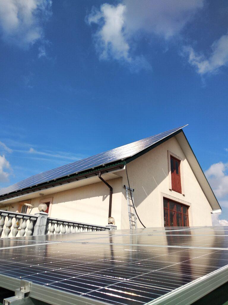 Вплив сонячної електростанції на навколишнє середовище, атмосферу та екологію: міф чи реальність