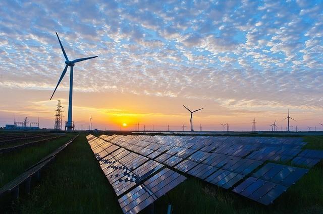 Чи можна заробити на сонячній станції під зелений тариф, які ризики та перспективи?