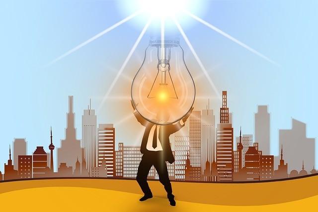 """В Україні підвищили тарифи на """"зелену"""" електроенергію для домогосподарств (інфографіка)"""